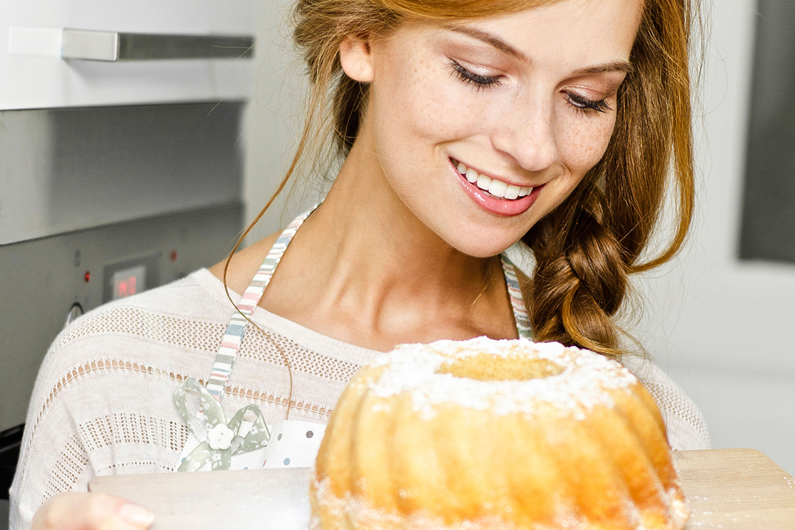 Selbst gemacht schmeckt es einfach am besten: Kuchen und Desserts lassen sich nach individuellem Geschmack mit feinen Spirituosen und Likören abrunden.